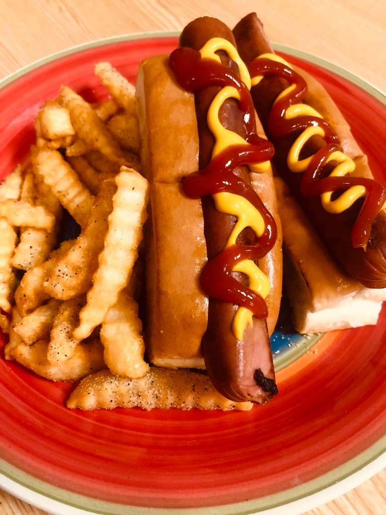 2 Hot Dogs & Small Fry