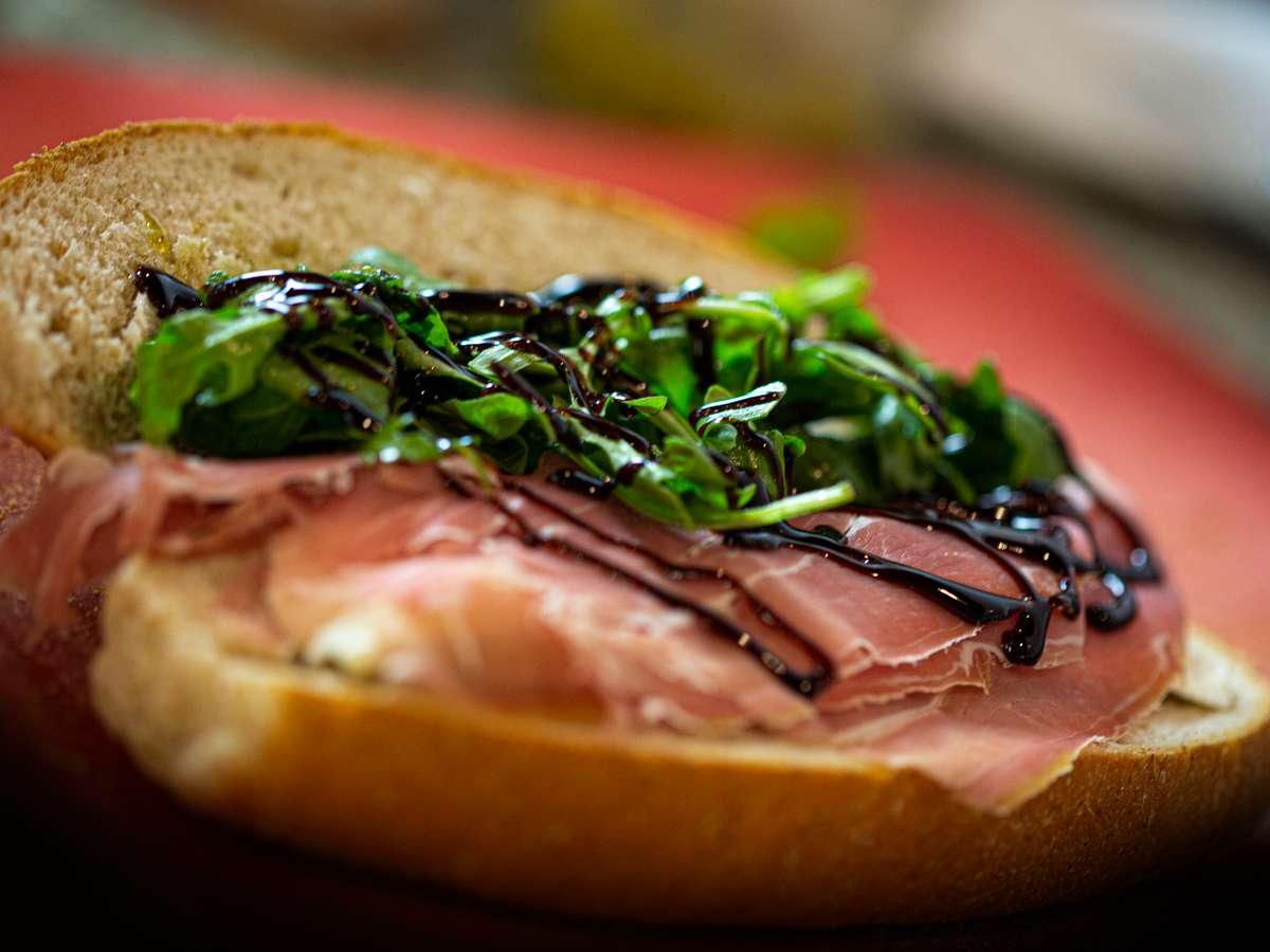 balsamic sandwich
