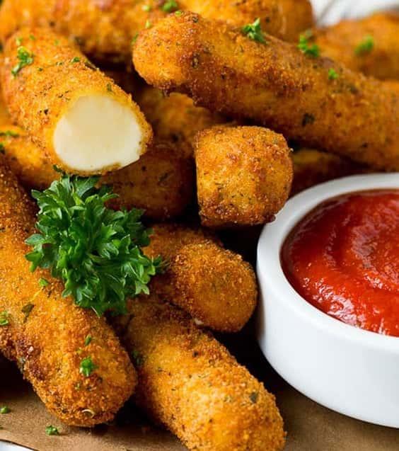 Fried Mozzarella Sticks