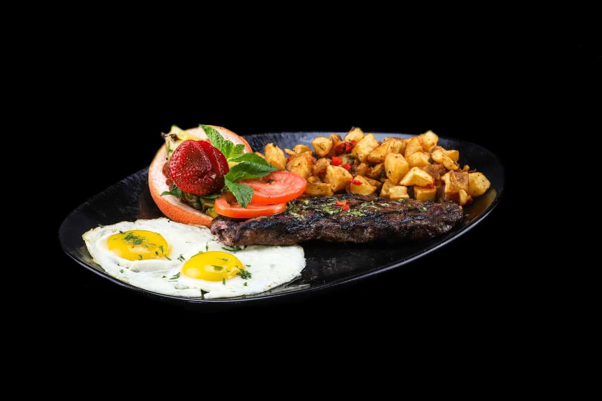 N.Y. Steak & Eggs*