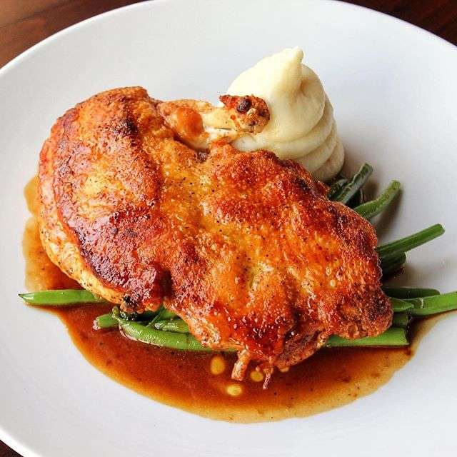 Crystal Valley Farms Crispy Boneless Half Chicken