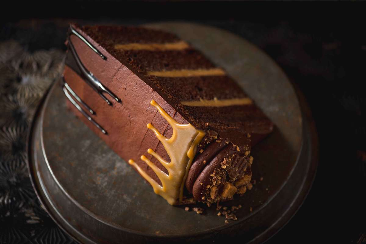 Chocolate Peanut Butter Explosion Cake