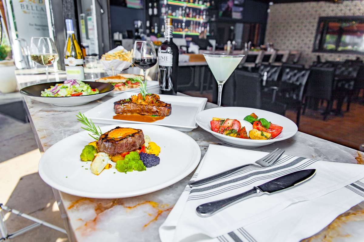 Steak & Interior