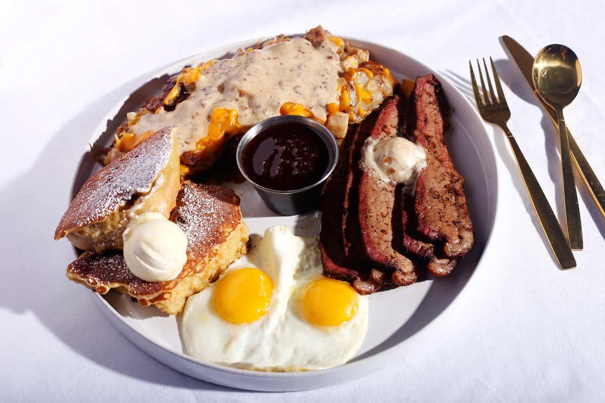 Biscuit & Eggs