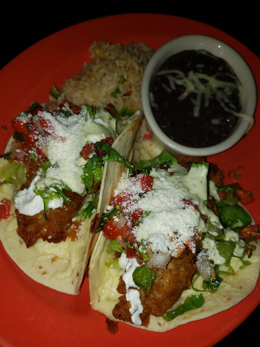 Tacos De Pescado Estilo Tijuana
