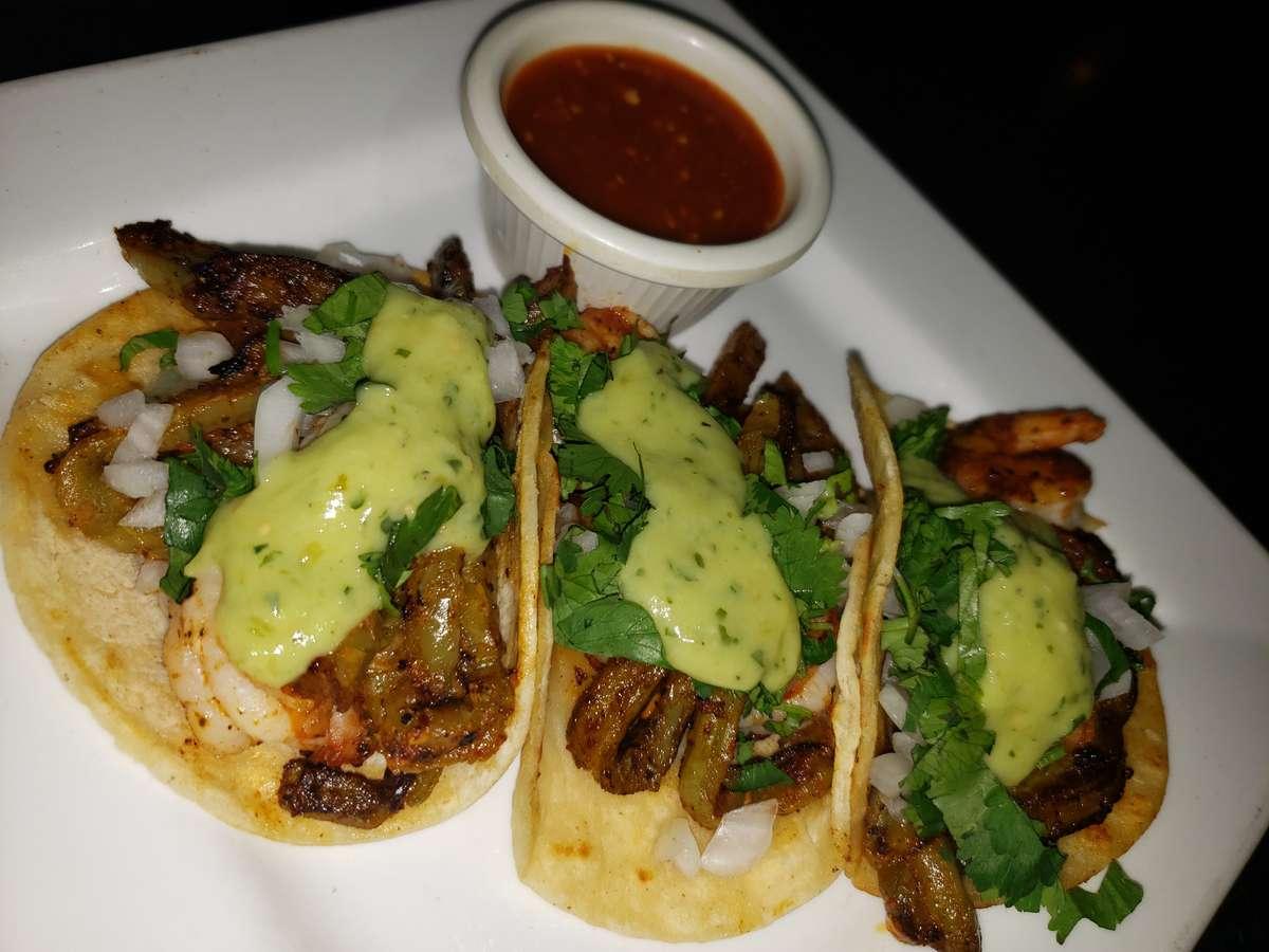 Tacos Camarones (Shrimp)