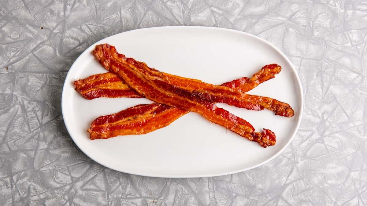 Applewood Smoked Crispy Bacon or Hickory Smoked Sausage
