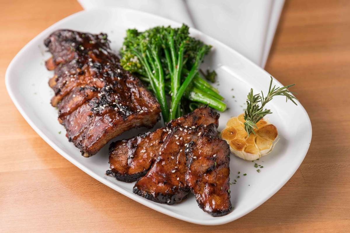 Sliced Tri-Tip and Baby Back Rib or Beef Rib Combo*