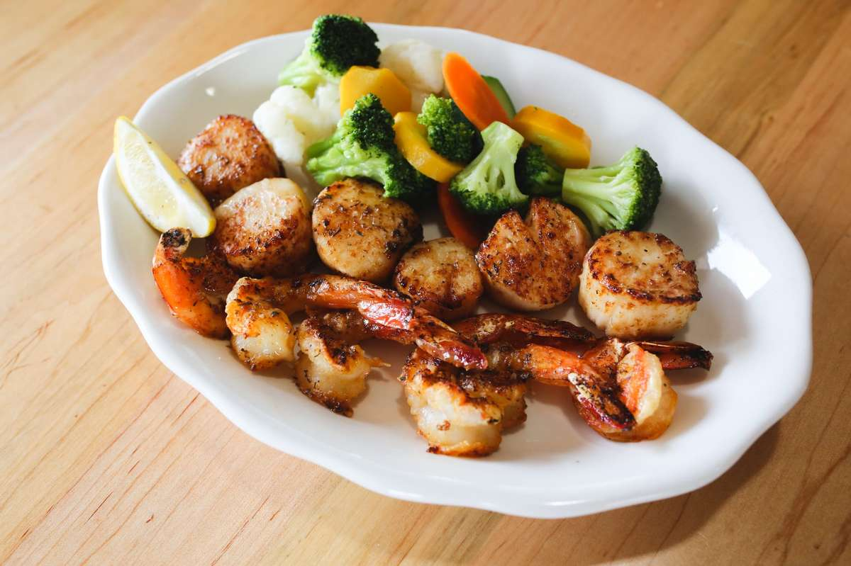Jumbo Shrimp & Sea Scallops