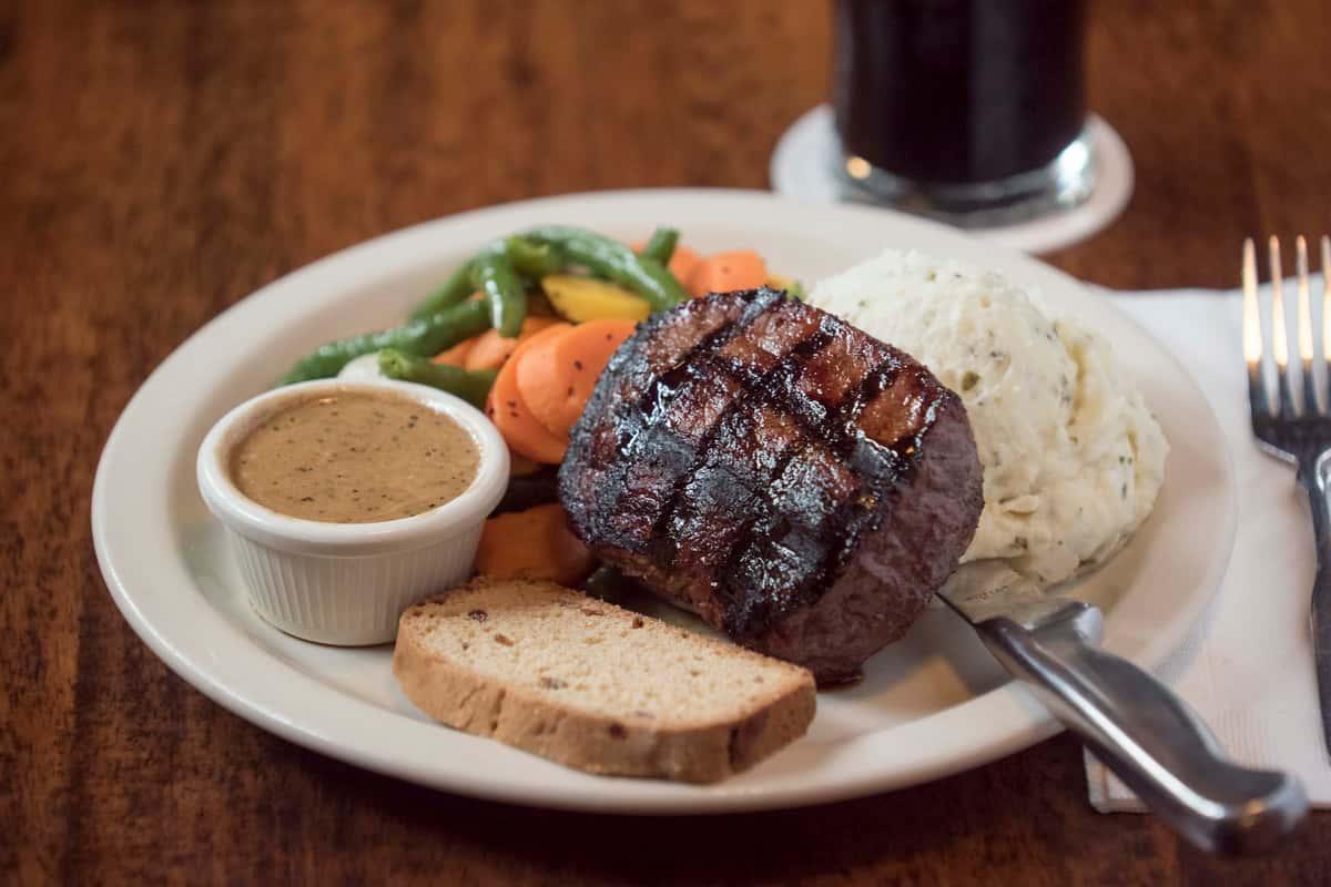 Irishman-of-the-Year Bert's Irish Whiskey Pepper Steak
