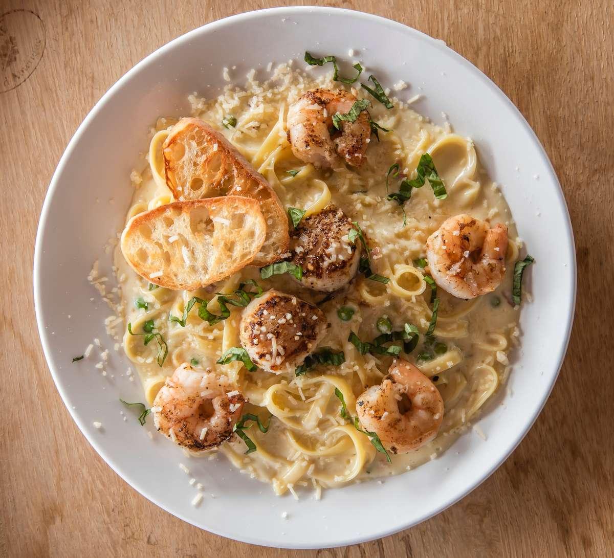 Shrimp & Scallops Carbonara