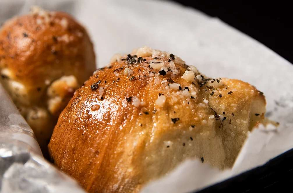 Homemade Garlic Rolls