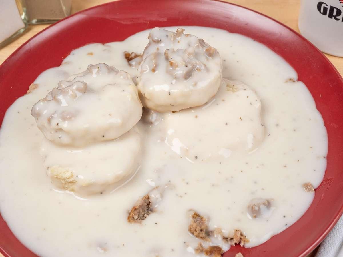 Full Plain Biscuits & Gravy