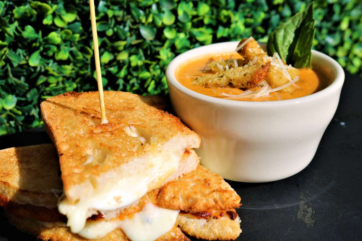 1/2 Gourmet Grilled Cheese + Tomato Basil Soup