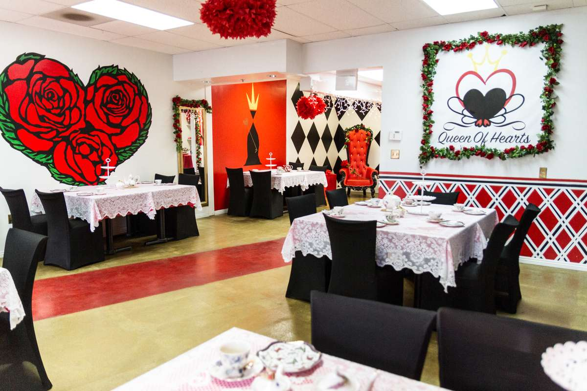queen of hearts tea party interior