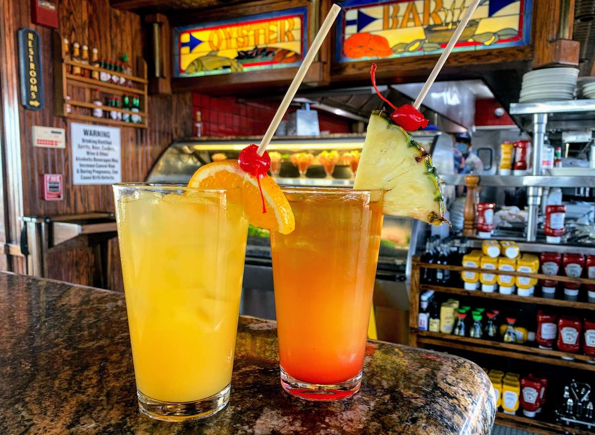 Daily Sunset Happy Hour Drink Specials