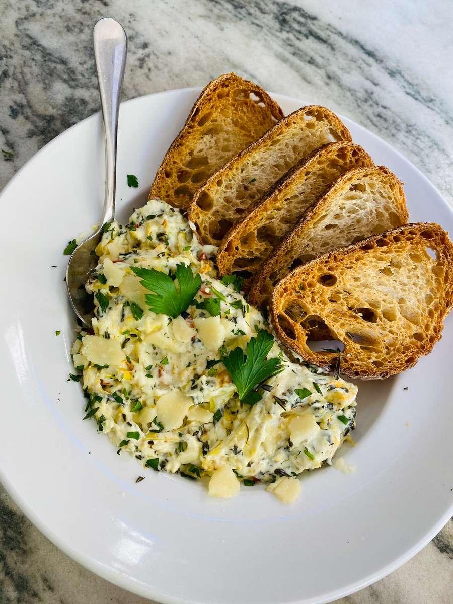 Happy Hour Garlic Bread