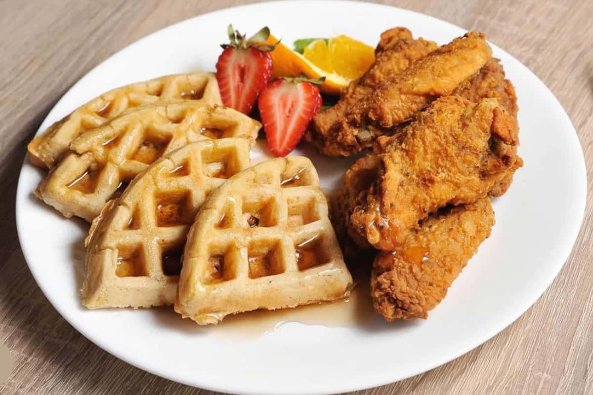 Mrs. D's Chicken & Waffles