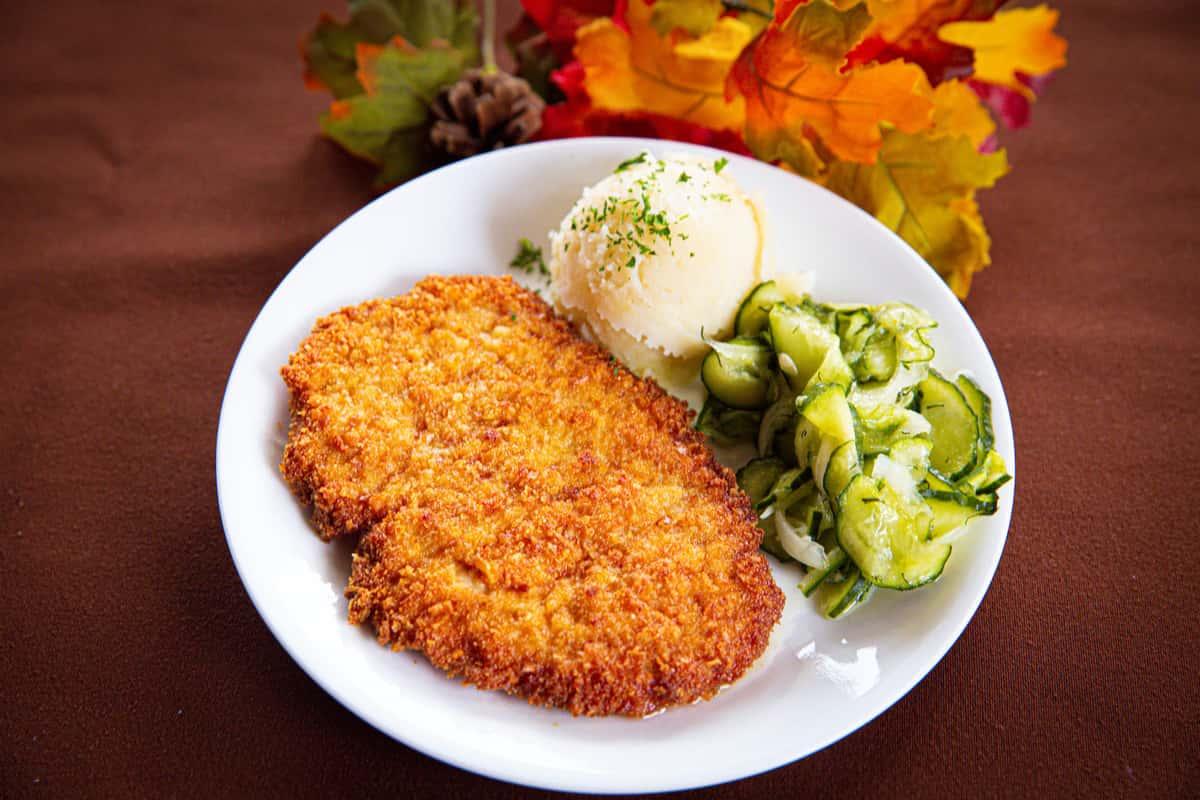 #4 1/2 Bruno's Schnitzel