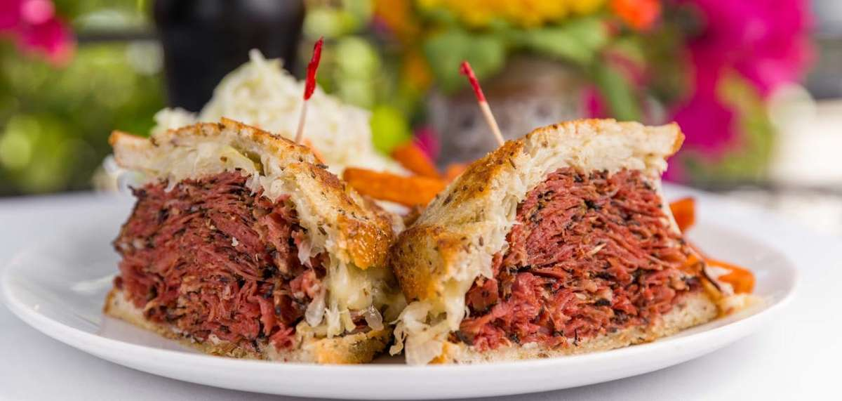 Black Pastrami Sandwich