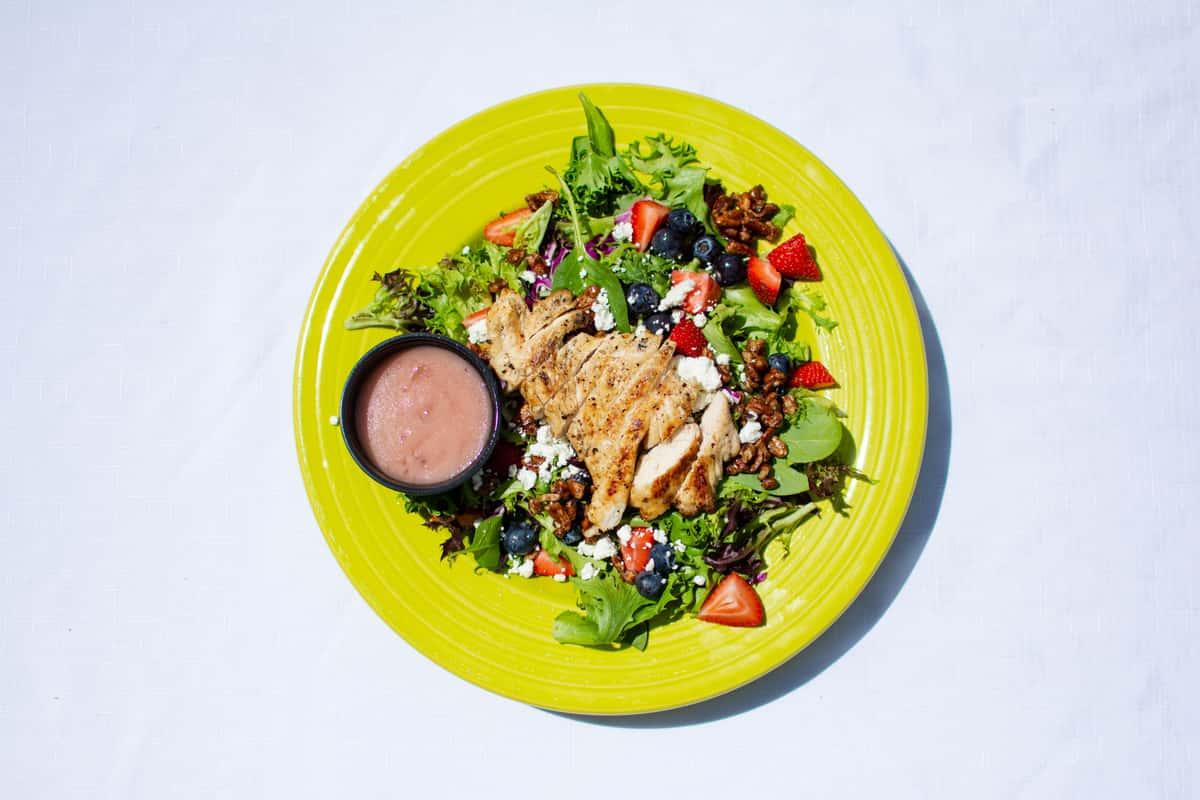 over head salad green