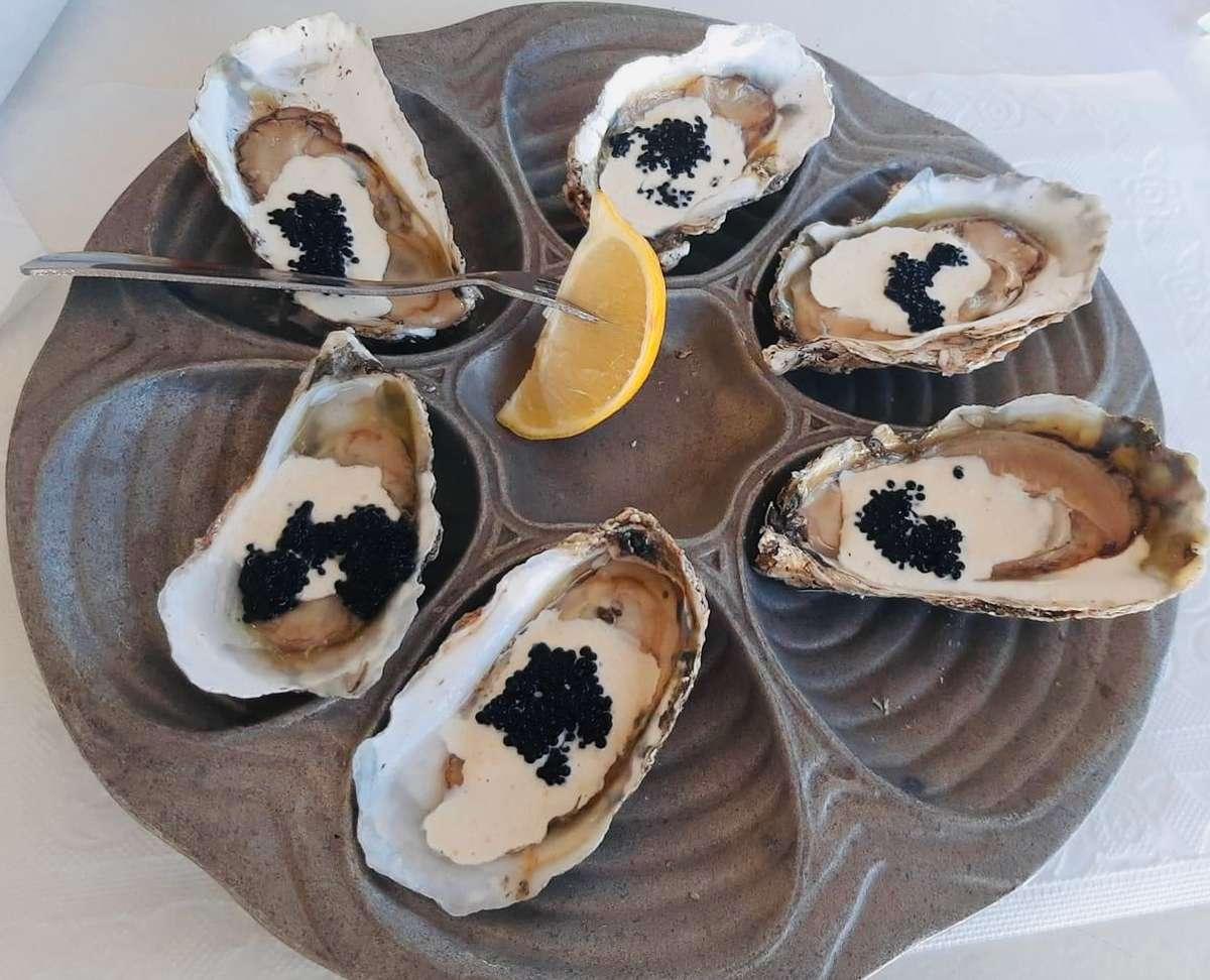 6 Oysters Romanov