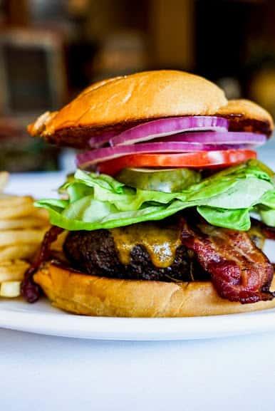 Prime 10 oz Lodge Burger