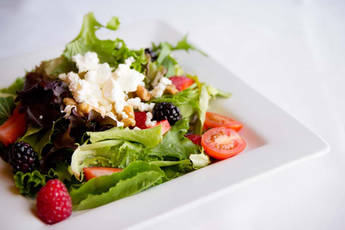 salad with berries