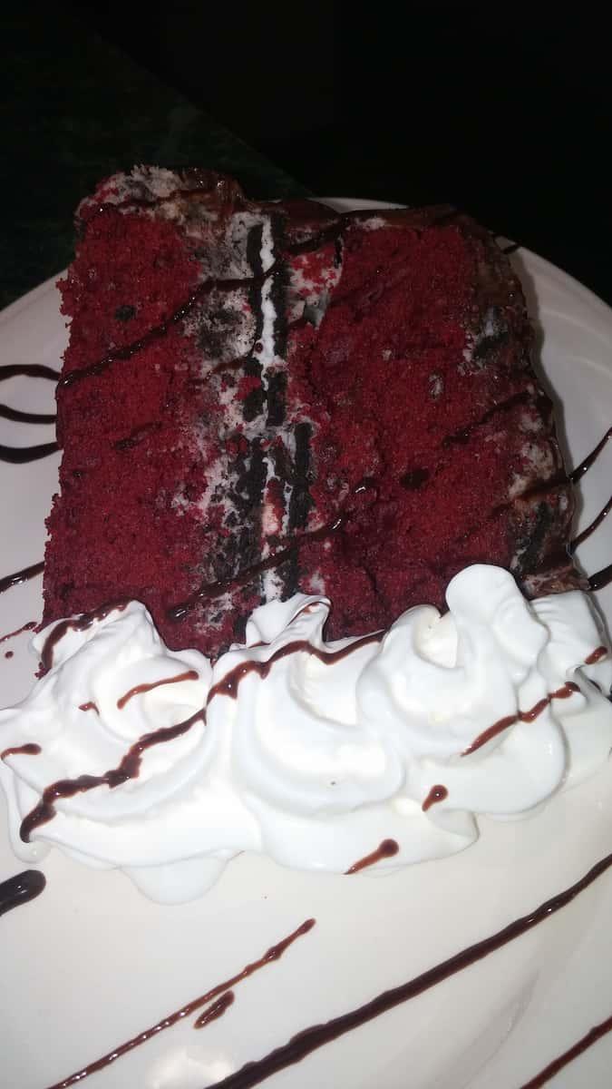 Red Velvet Oreo Cake
