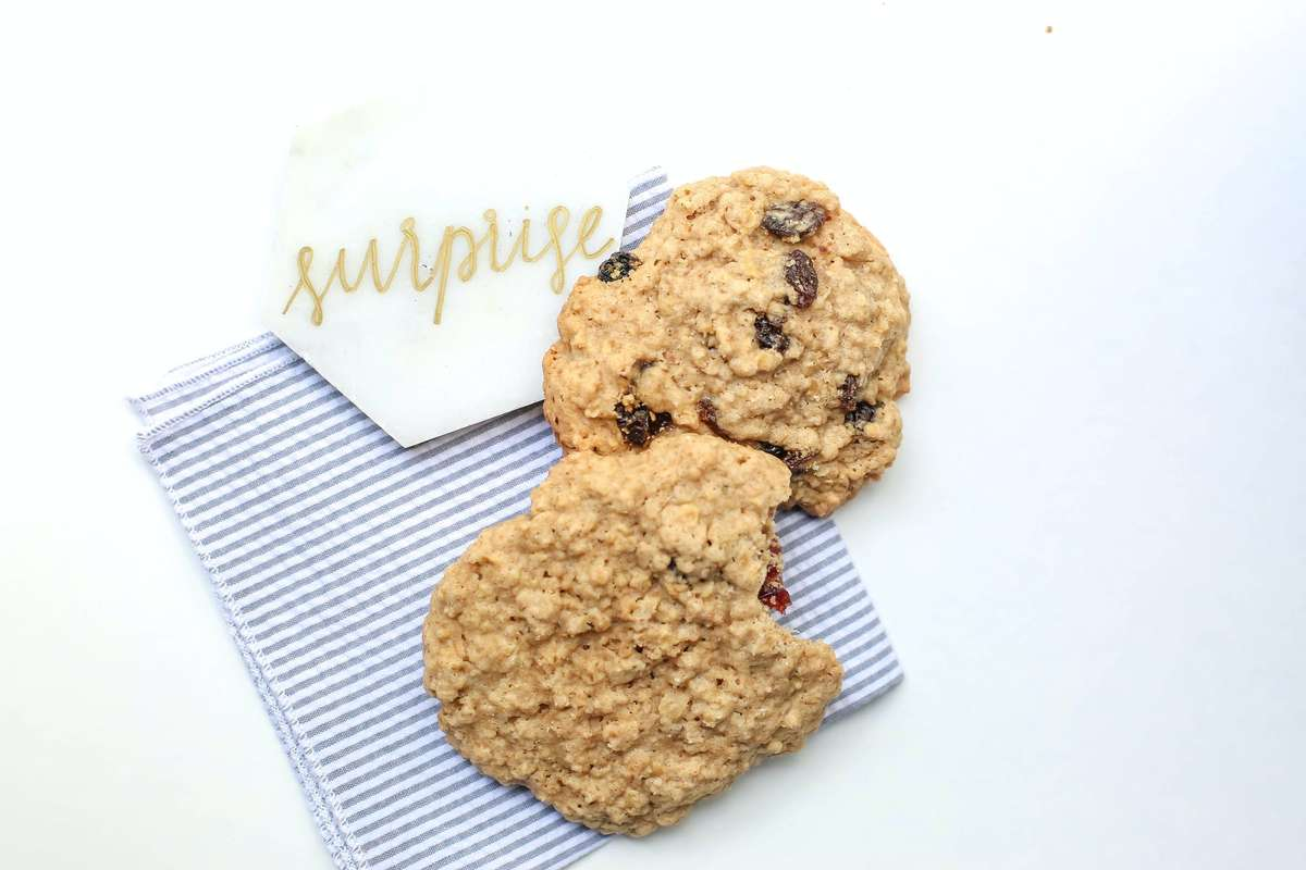 oatmeal and chocolate chip cookie