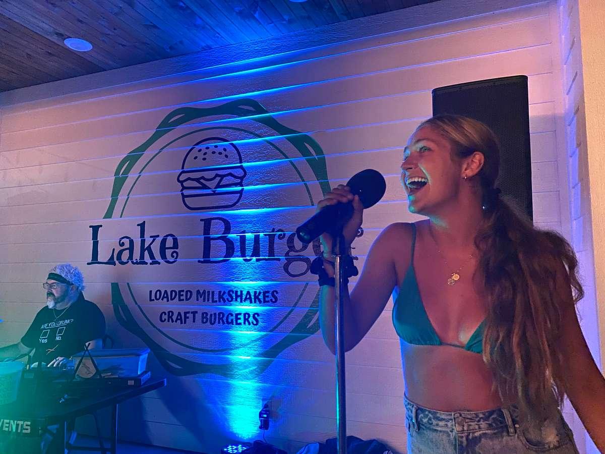 lake burger karaoke