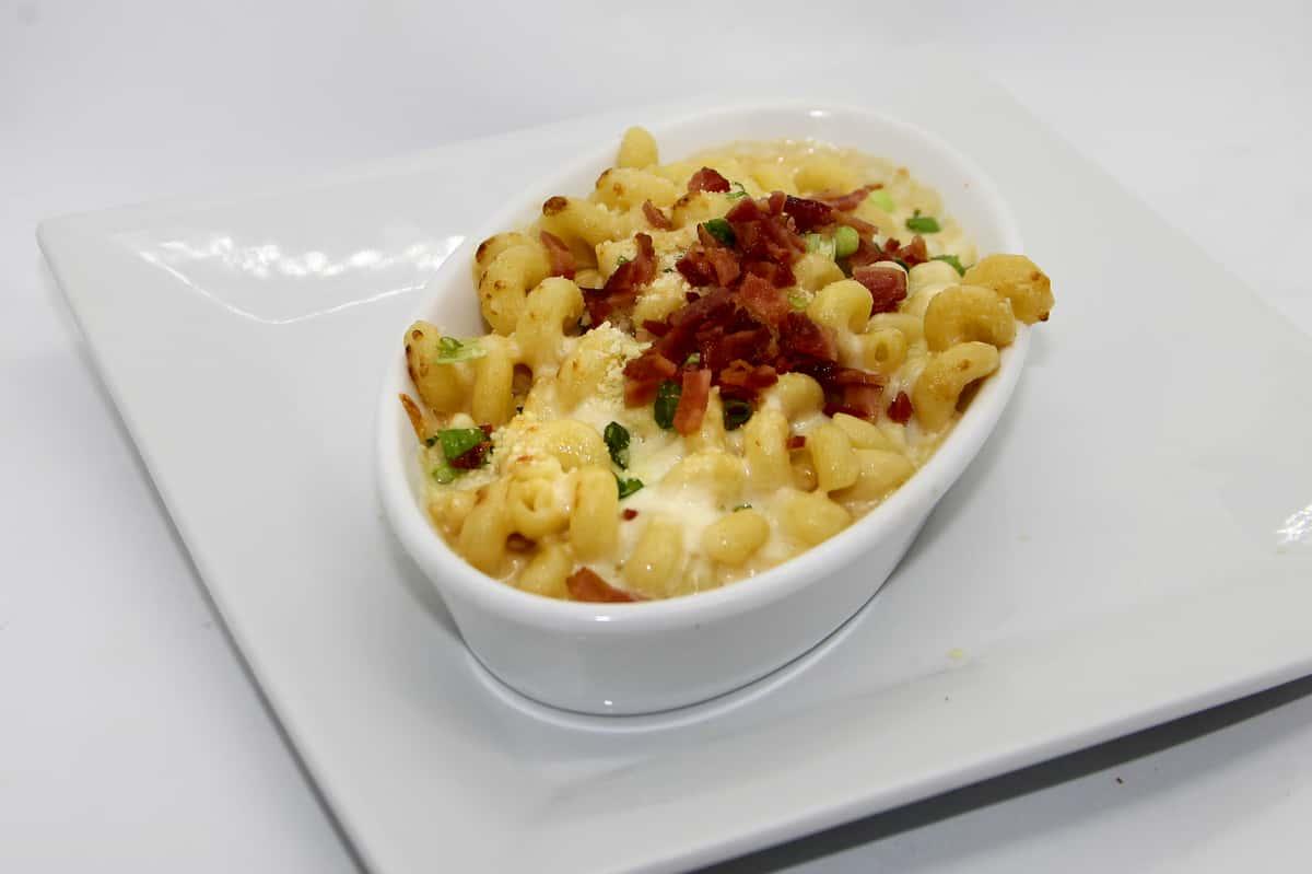 bacon cheddar macaroni