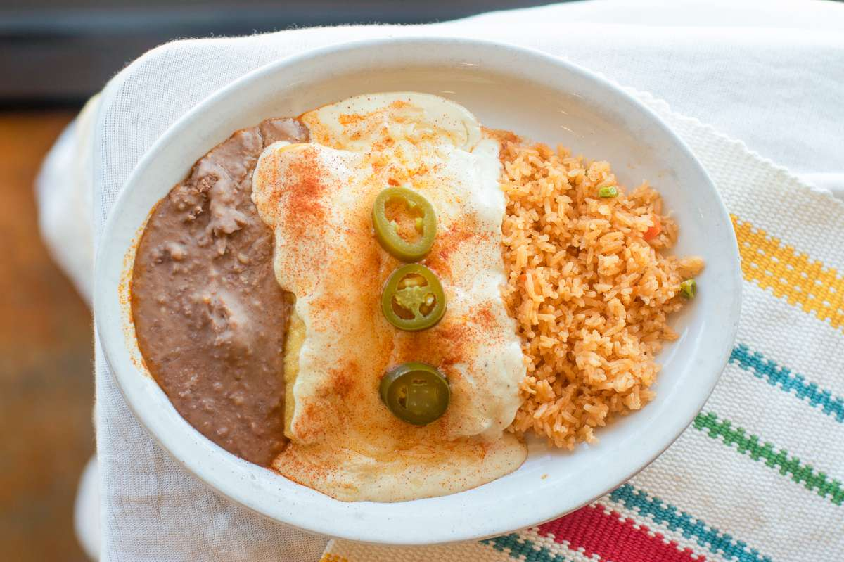 #4 Sour Cream Enchilada Plate