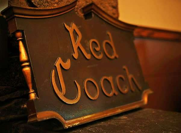 red coach room