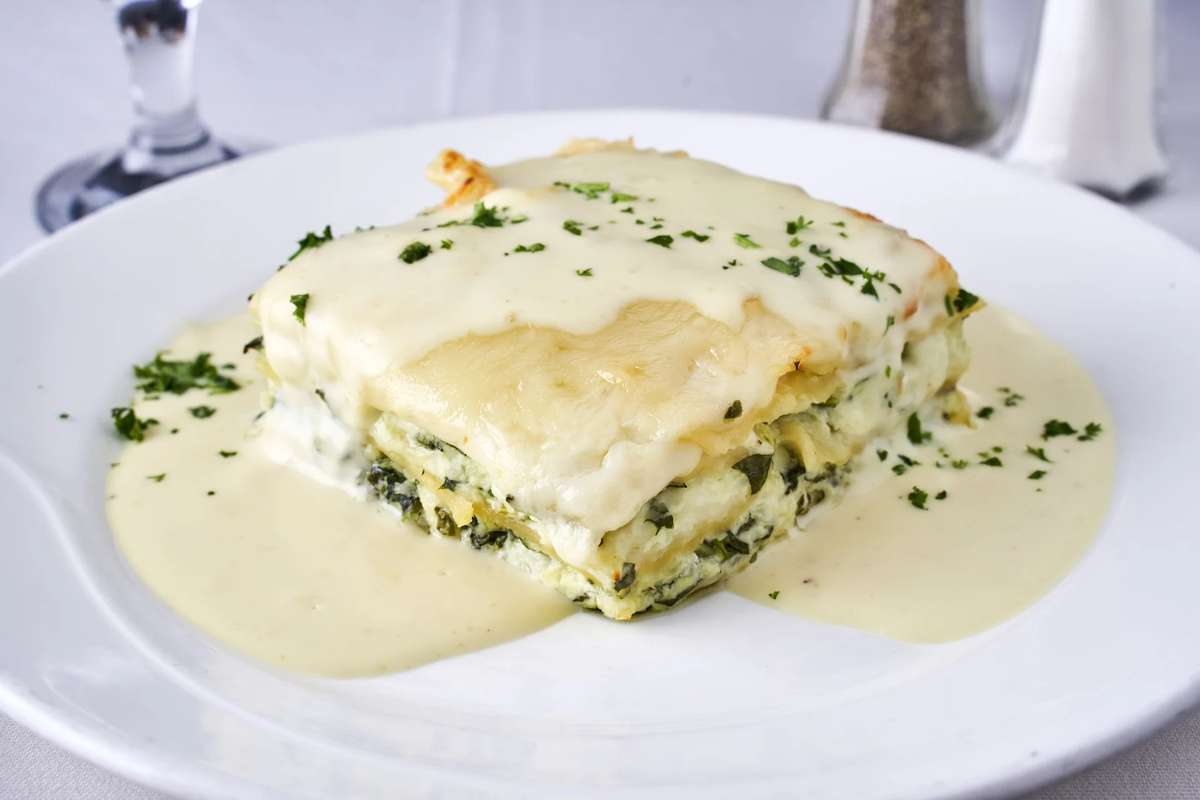 Spinach Lasagna with Alfredo Sauce