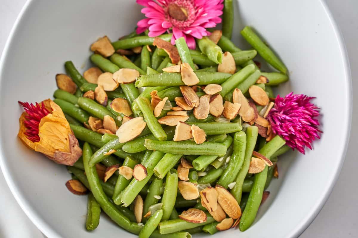 green beans almondie