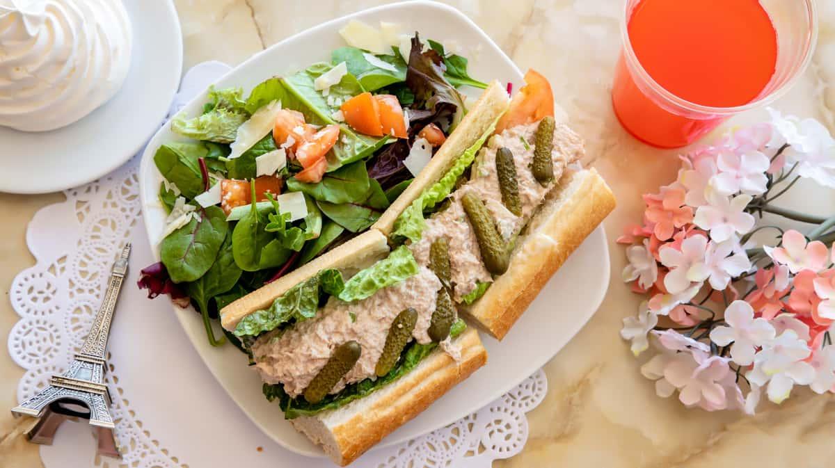 Le Tuna Salad