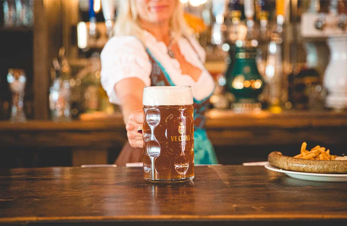 serving beer