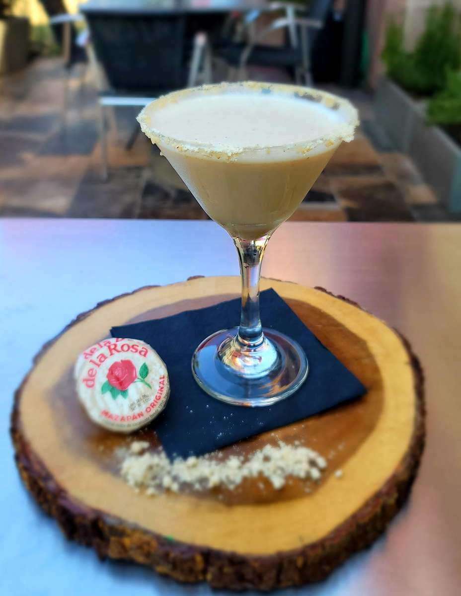 Mazapan Martini