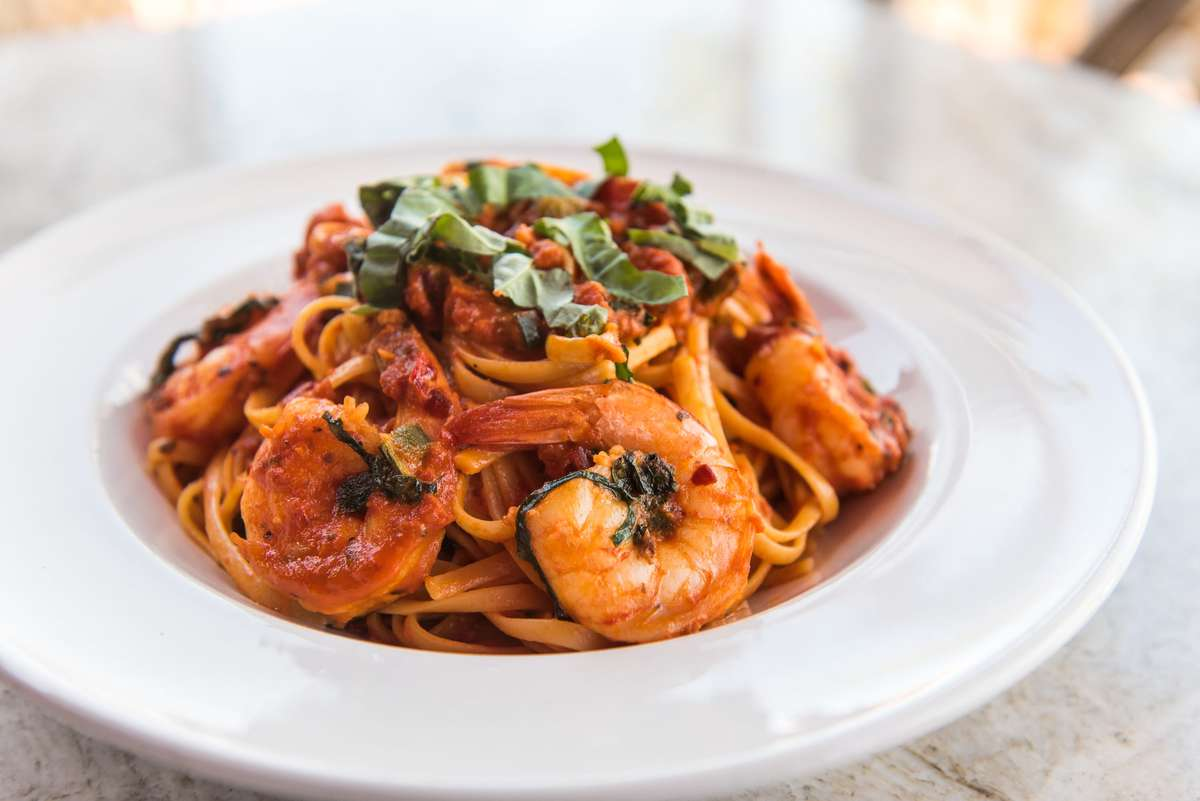 Linguini Shrimp Diavola