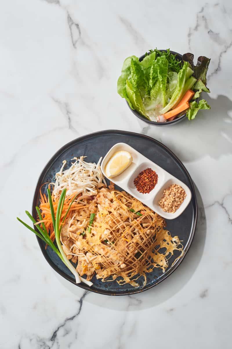 L-14 Phad Thai (No Rice) Lunch