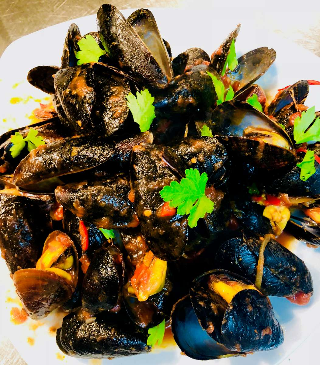 Mussels Diavolo