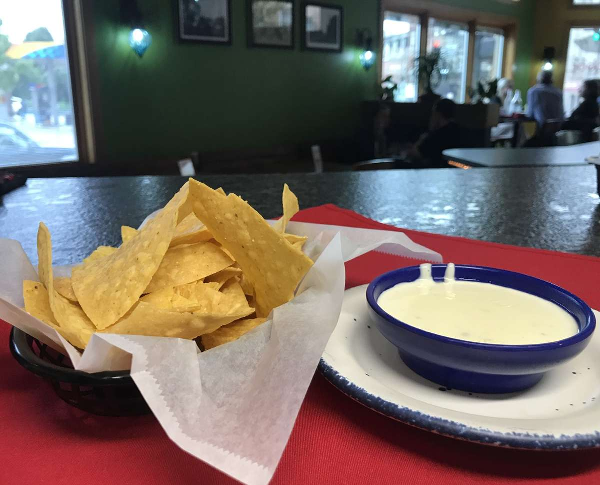 Cheese dip + chips
