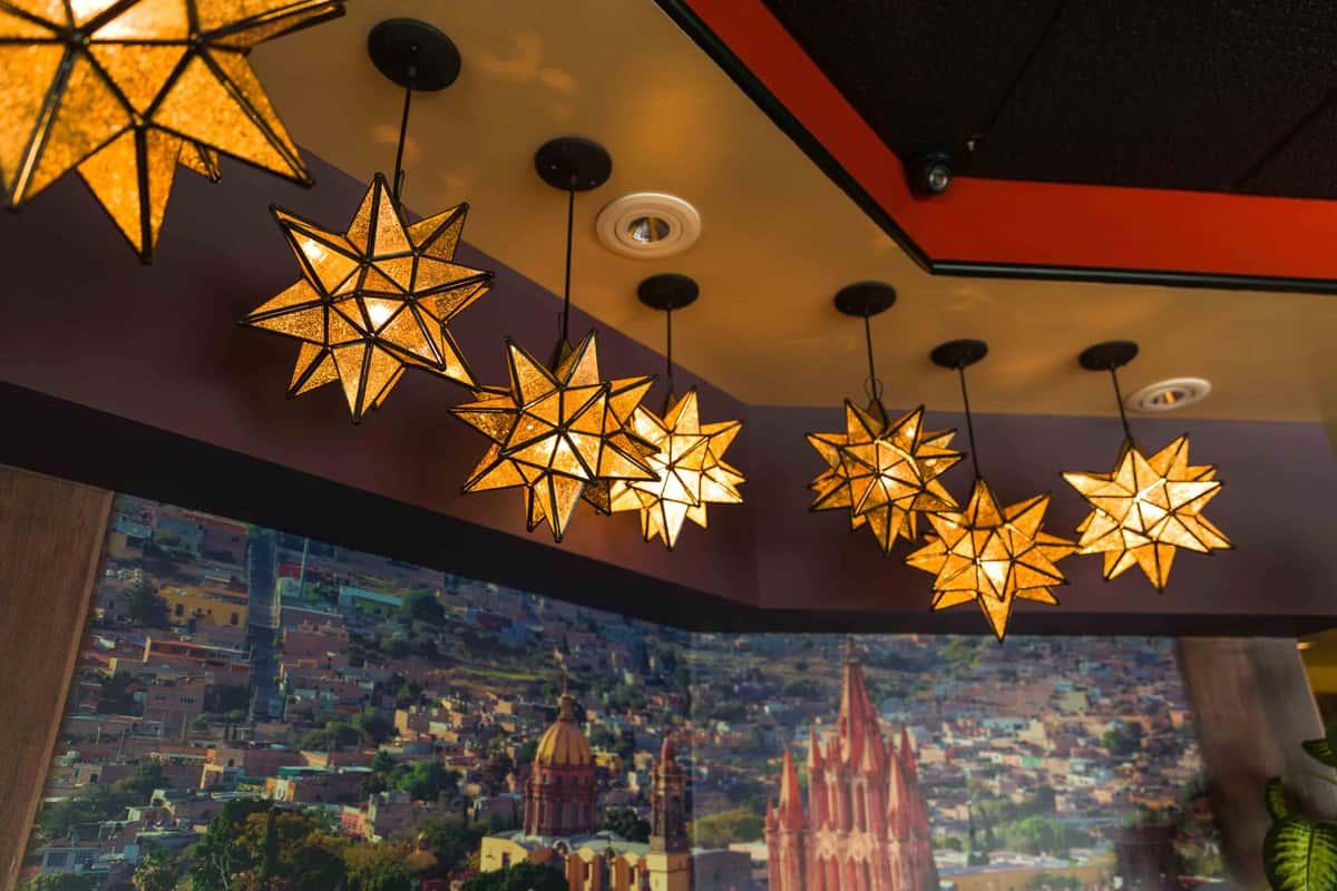 ceiling lights header