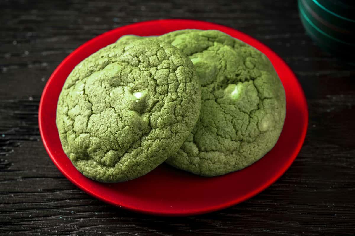 Matcha White Choco-Chip Cookie