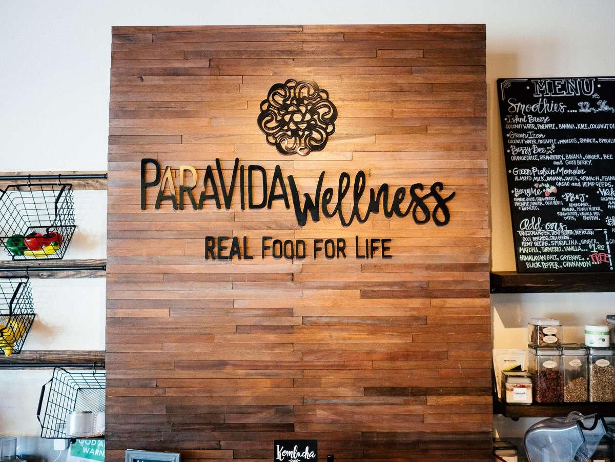 Paravida Wellness sign