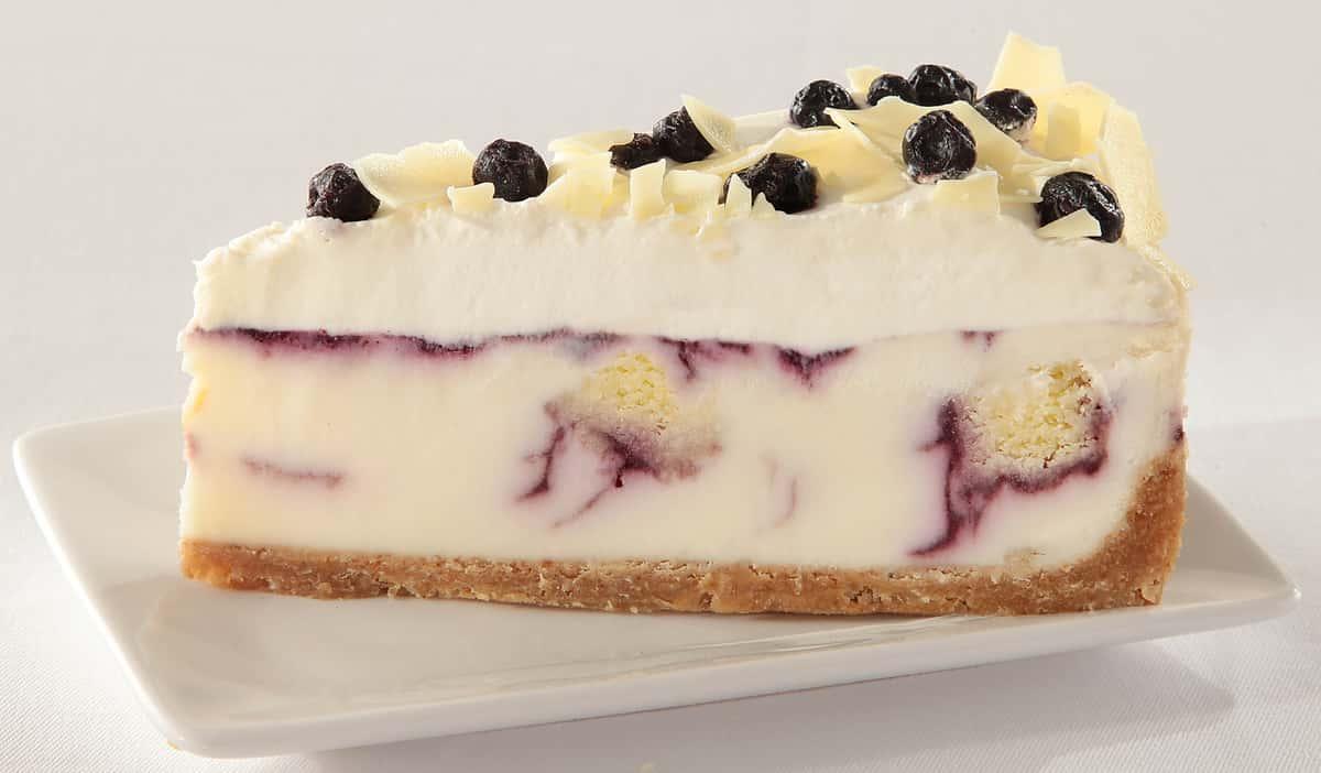 Blueberry Cobbler White Chocolate Cheesecake