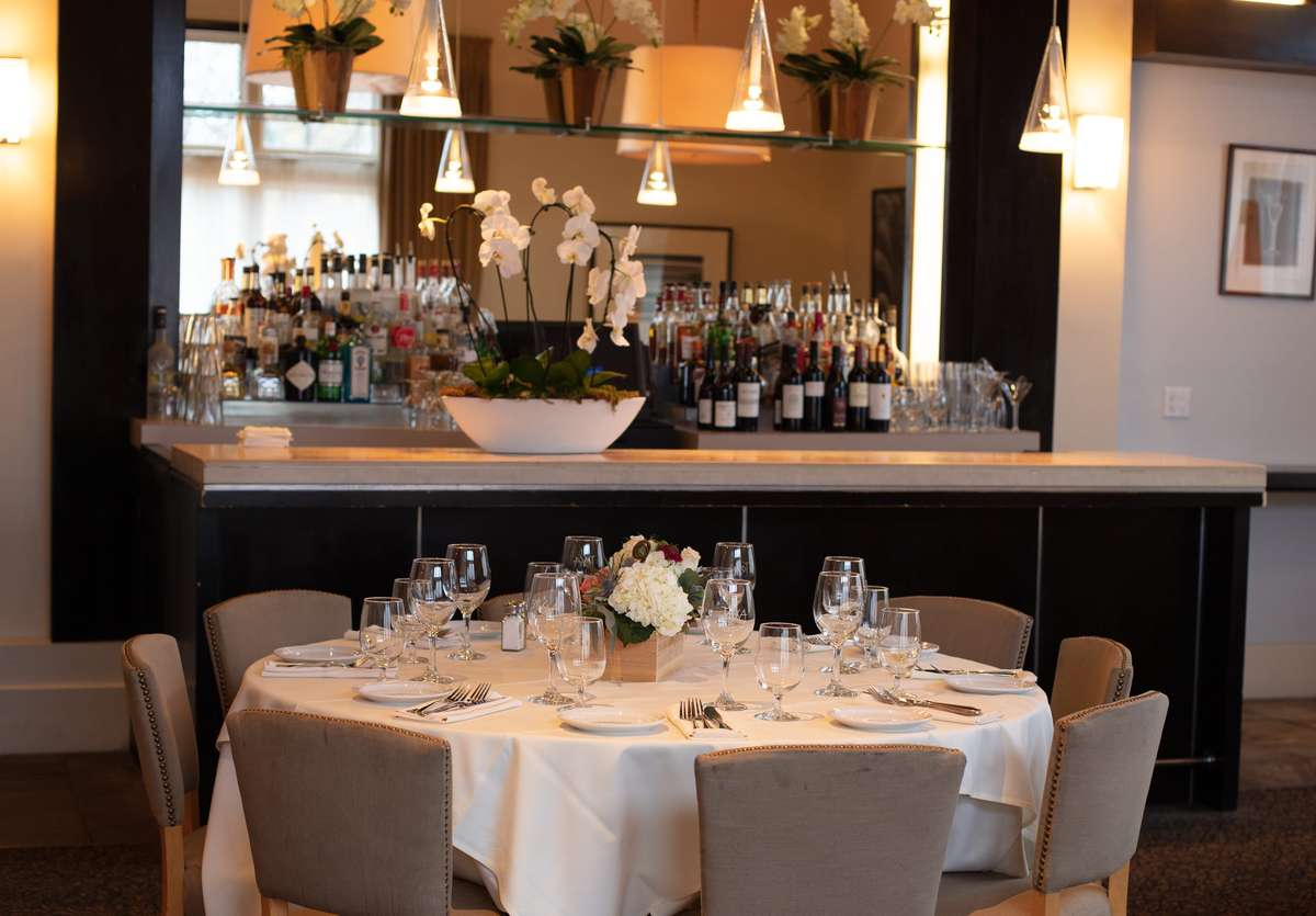 Salon tables