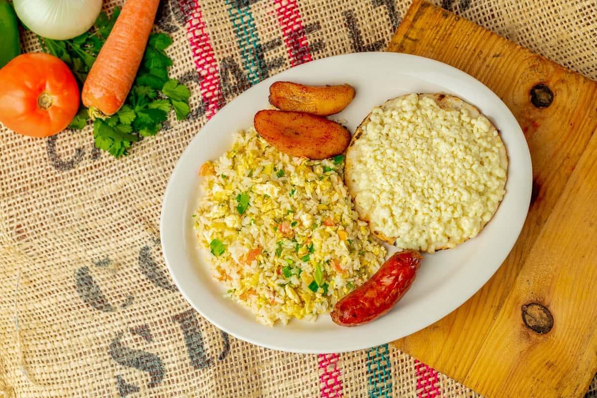 Desayuno Paisa*