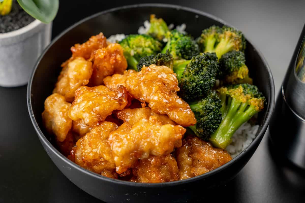 Chicken Broccoli Bowl